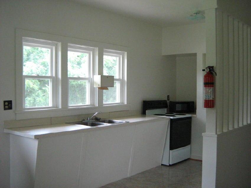 Edgewood Center kitchen